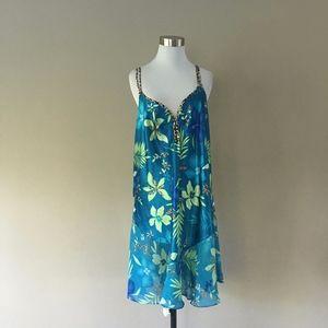 2XL 18/20 Secret Treasures Blue Floral Chemise..